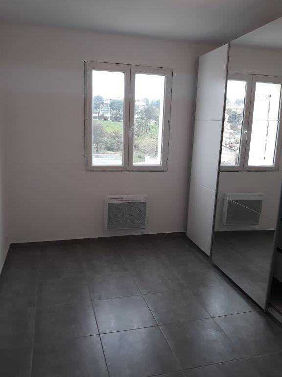 Appartement Marseille 3 pièce(s) 56.49 m2