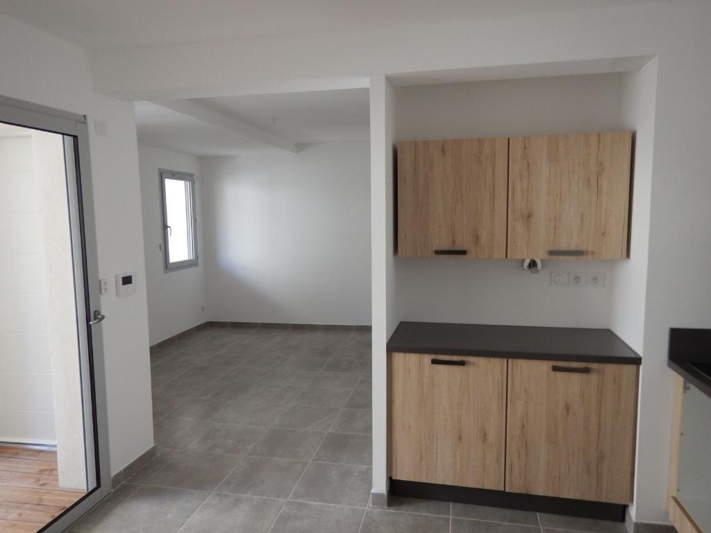 Appartement Piolenc 3 pièce(s) 60.97 m2