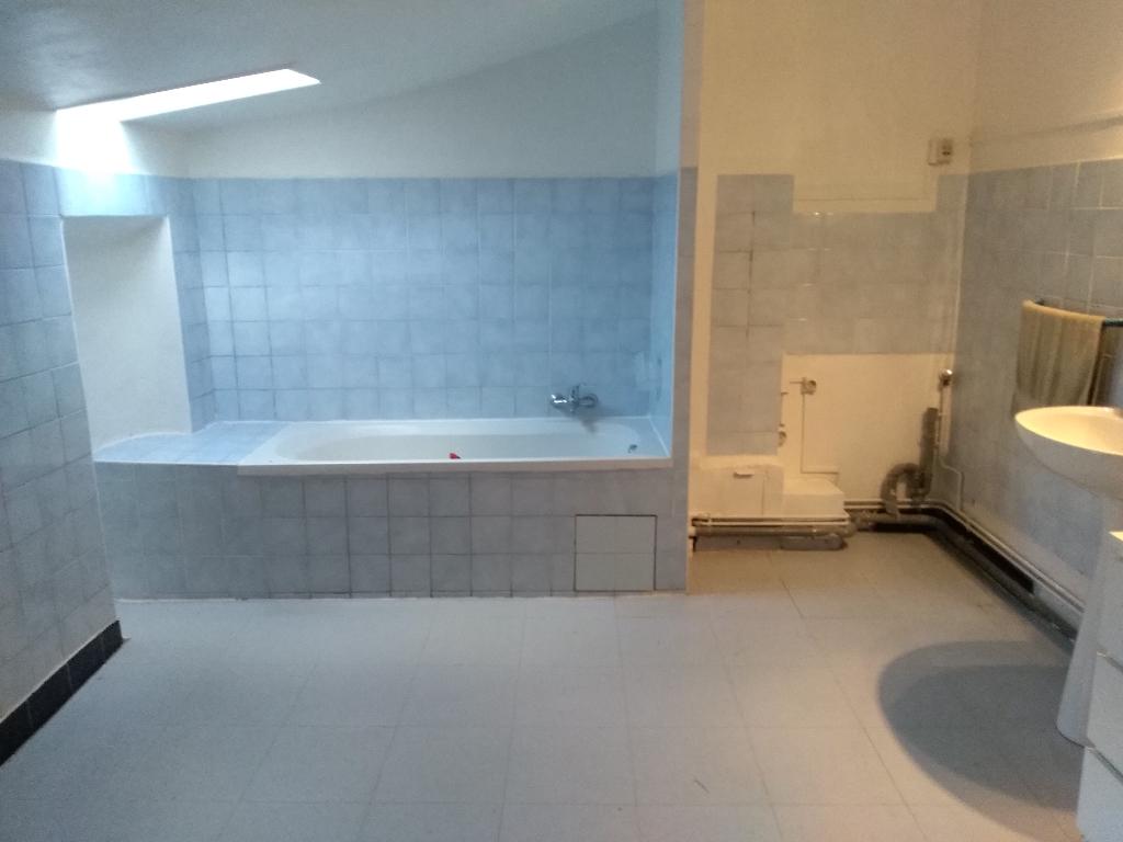 Maison  4 pièce(s) 108 m2