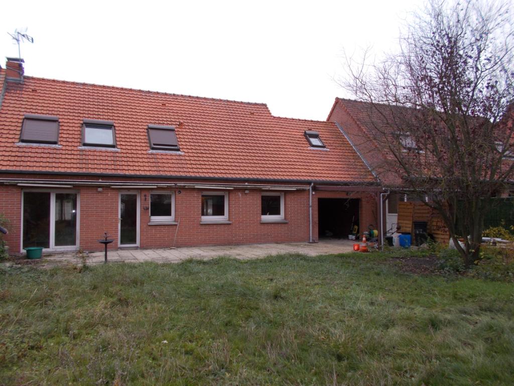 Pavillon semi plain pied 6 chambres + garage