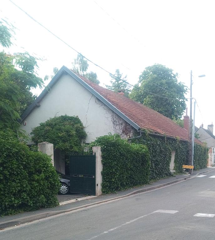 Propriété divisible 184 m²  + 70 m² carrez ou Investisseurs à ST J Braye (45)