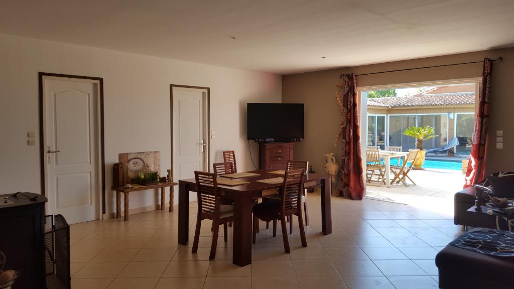 Villa Nimes 5 pièce(s) 167 m2
