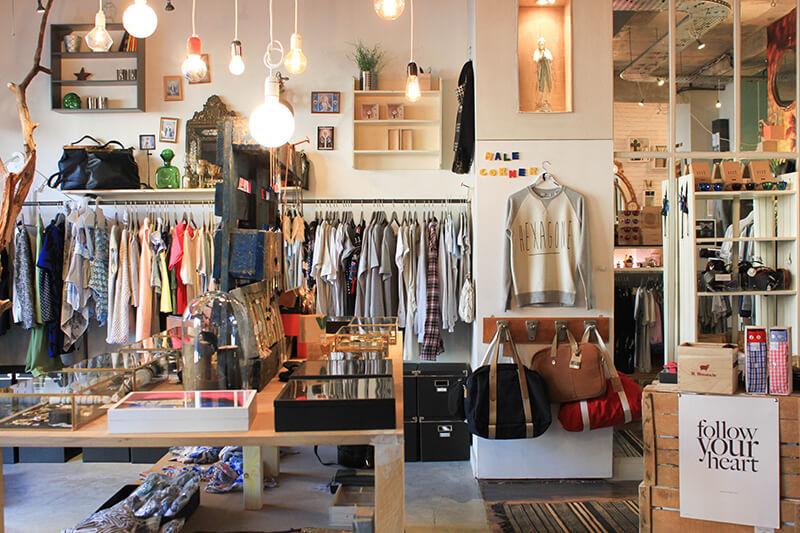 Magnifique magasin en très bon état à Fontainebleau