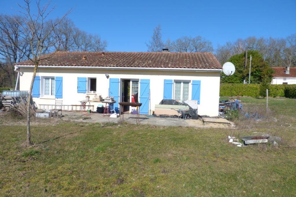 Jolie maison à la campagne