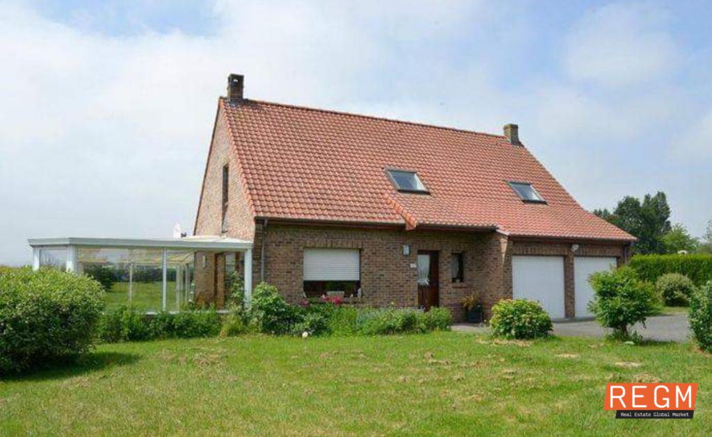 Belle propriété Oudezeele.