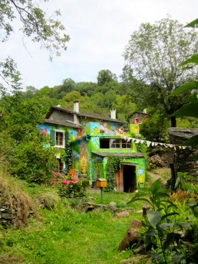 Hameau - Maison, 600 m² sur 23 Hectares de terrain