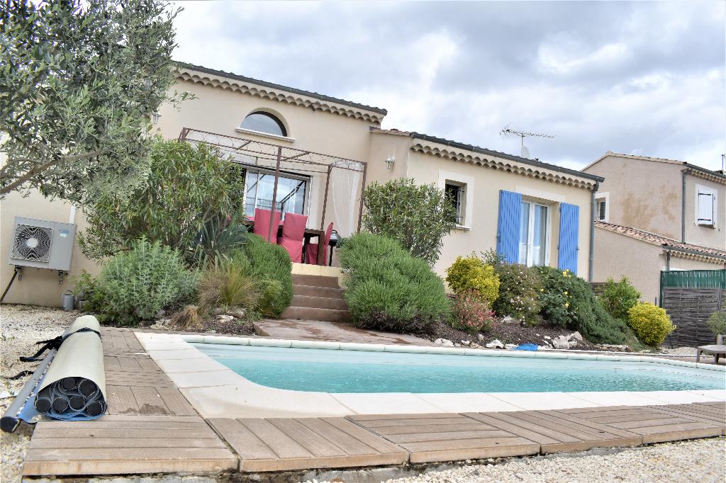 maison de plein pied avec piscine
