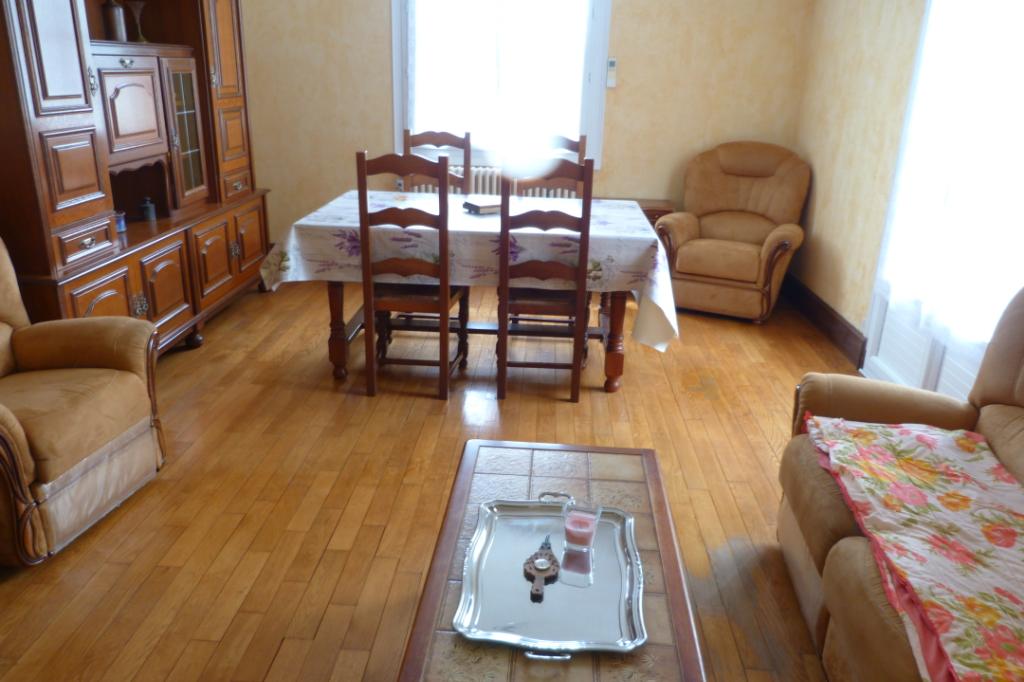 jolie Maison Mareuil 4 pièce(s) 90 m2