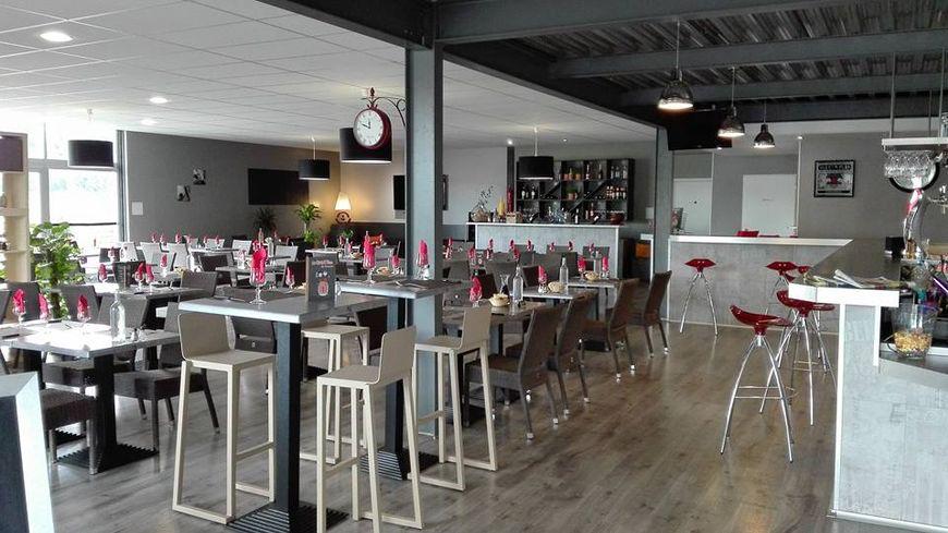 Blois  Bar - Brasserie au design moderne  120 places assises
