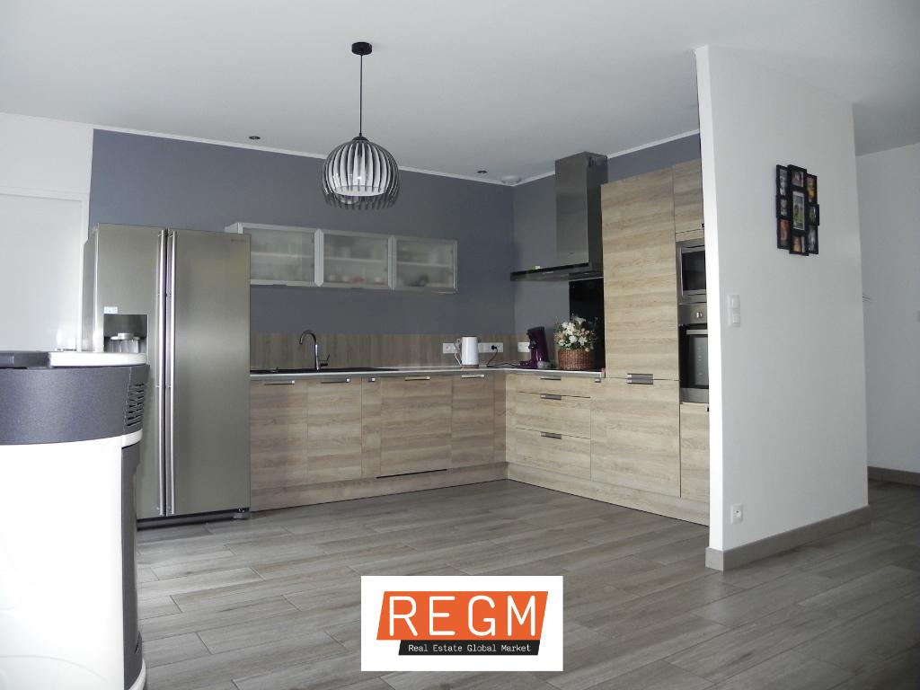 Maison  belles prestations  98 m²