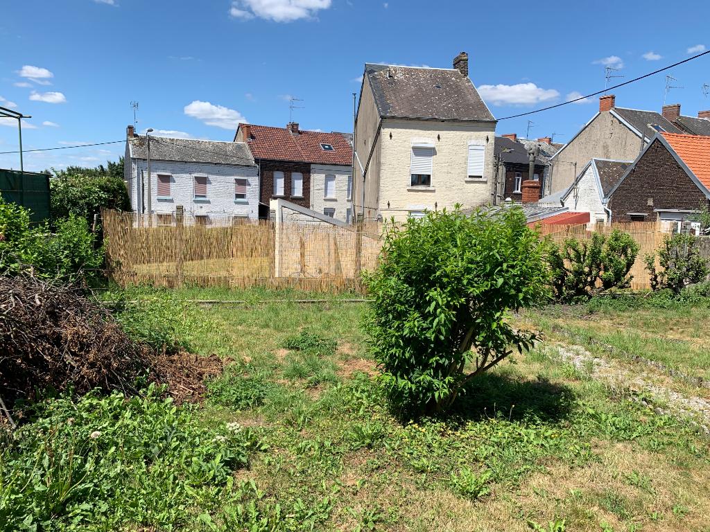Maison de ville avec jardin et garege