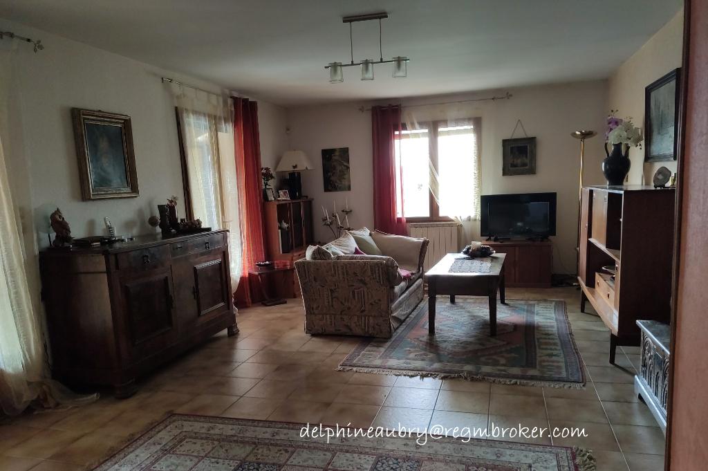 Maison  4 pièce(s) 118 m2