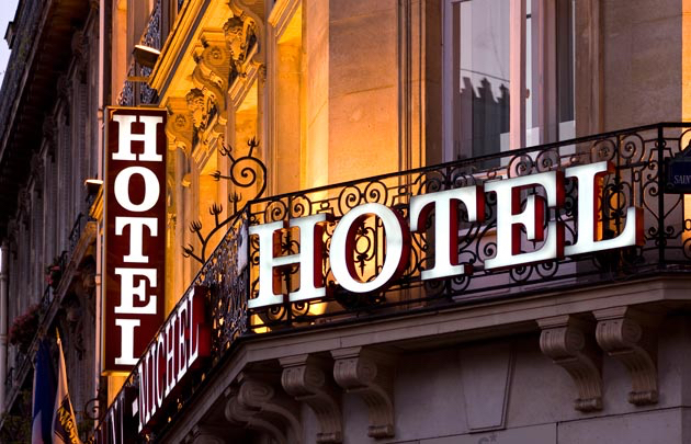 Loiret Murs et FDC Hotel etoilé + murs et FDC restaurant  emplacement N°1