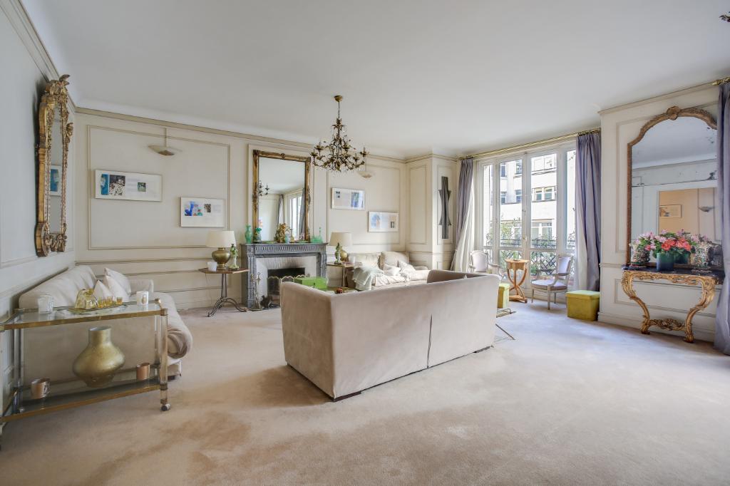 Appartement Familial 5 chambres 234,62 m2 Gros Caillou Paris 7ème