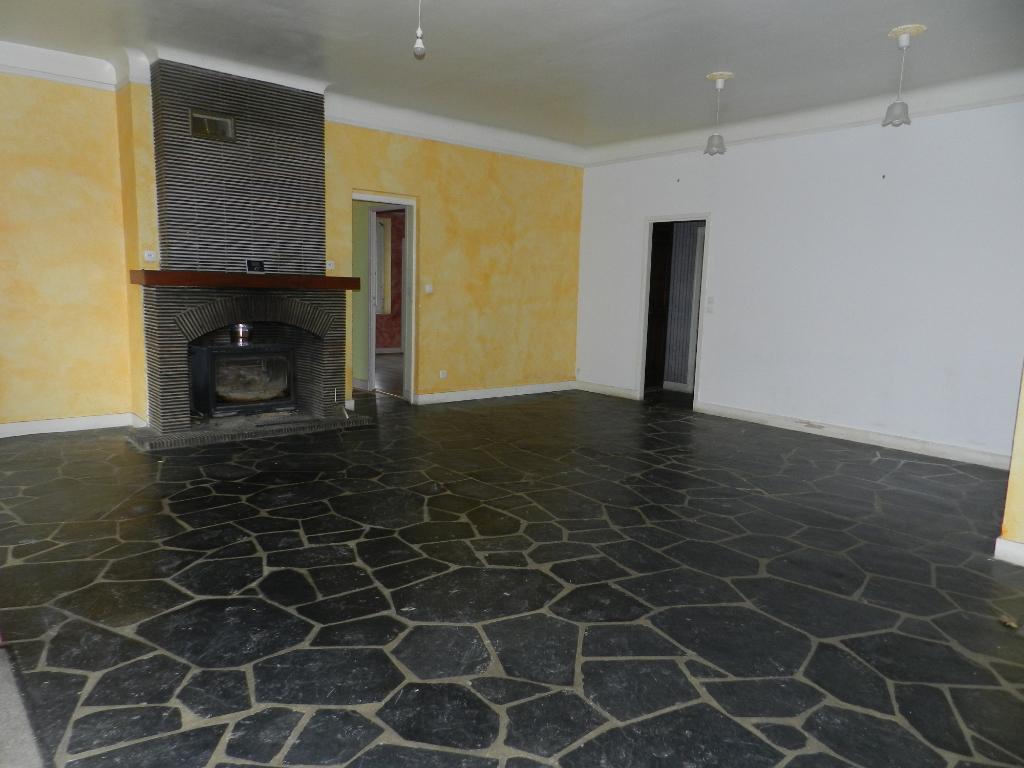 Bâti de près de 350 m²