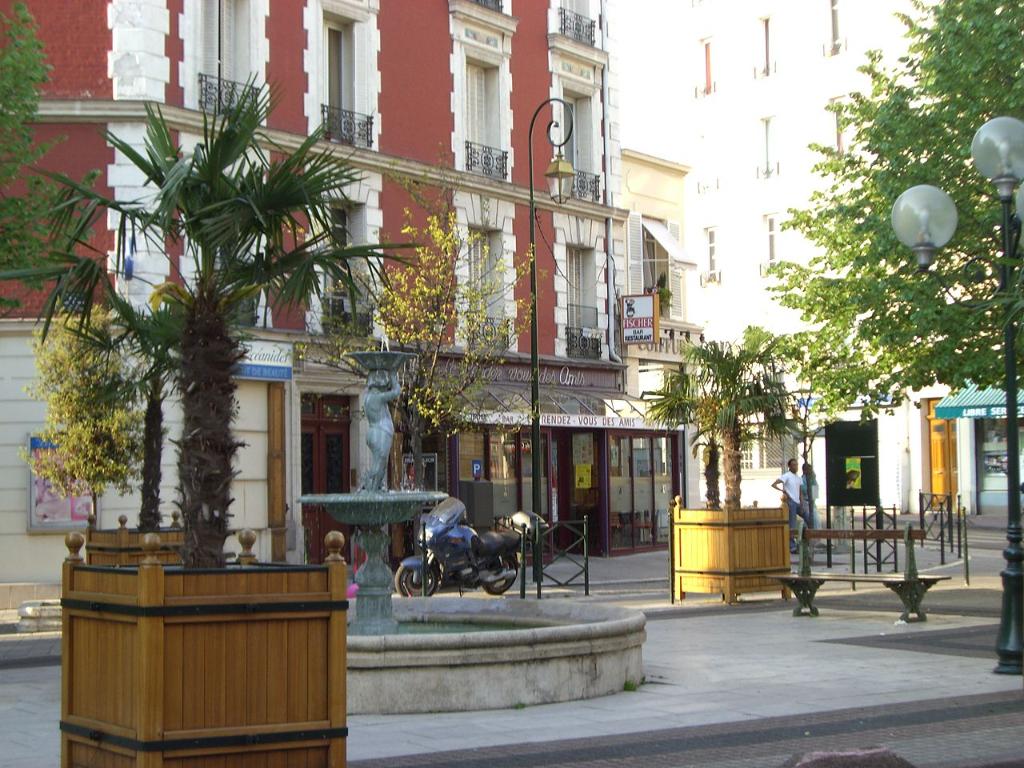 Boutique - 90 m2 - La Garenne-colombes 92250