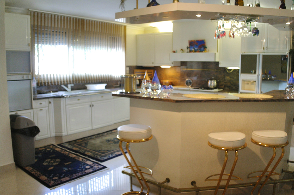 Grande Maison sur Grand Terrain Chelles 6 pièces 270 m²