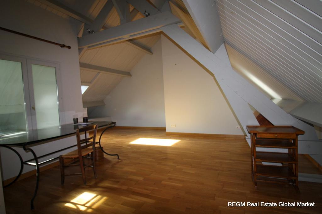 CERDON (45) - Au coeur de la Sologne, maison de village dans la pure tradition - 140 m² , 3 grandes chambres (1/RDC) - 44 m² de pièce de vie, grande cheminée, poutres et colombages