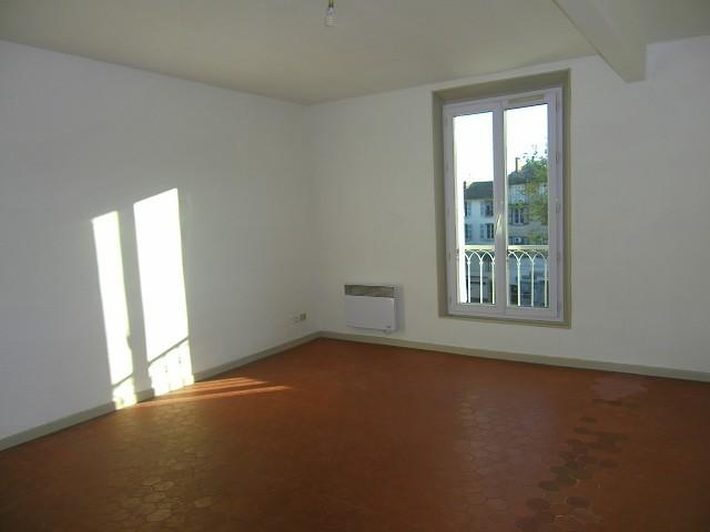 Appartement - 3 pièce(s) - Cente ville