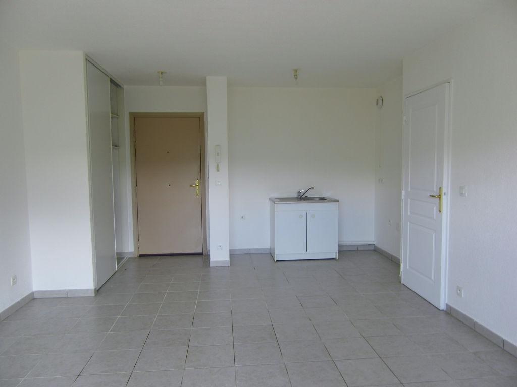 Le Luc: Appartement  T2 40 m2
