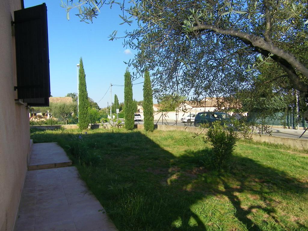 Maison - 4 pièce(s) - + jardin