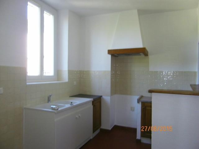 Gonfaron: Appartement T4 68 m2
