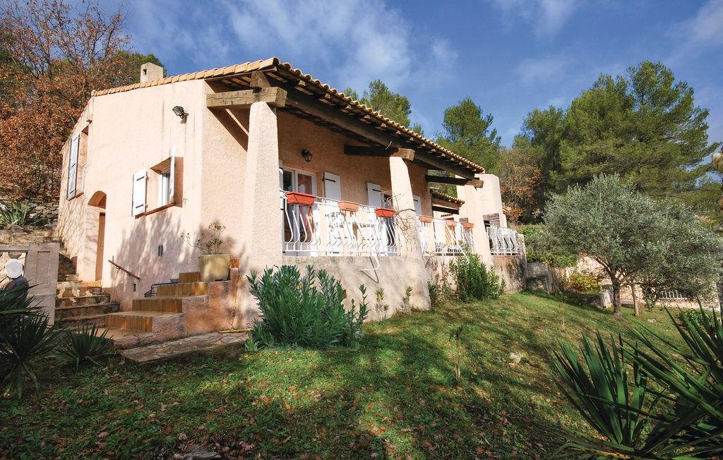 Grande villa  traditionnelle Cabasse