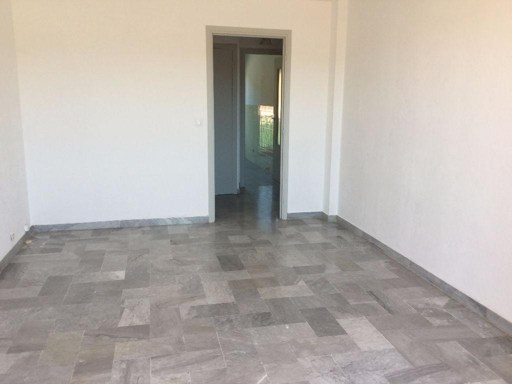Appartement Le Luc 3 pièces 60 m2