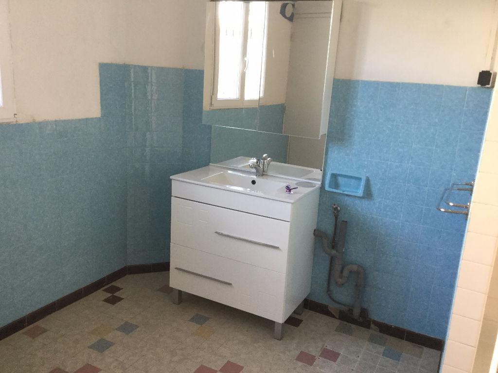 Appartement Le Luc 2 pièce(s) 66.84 m2