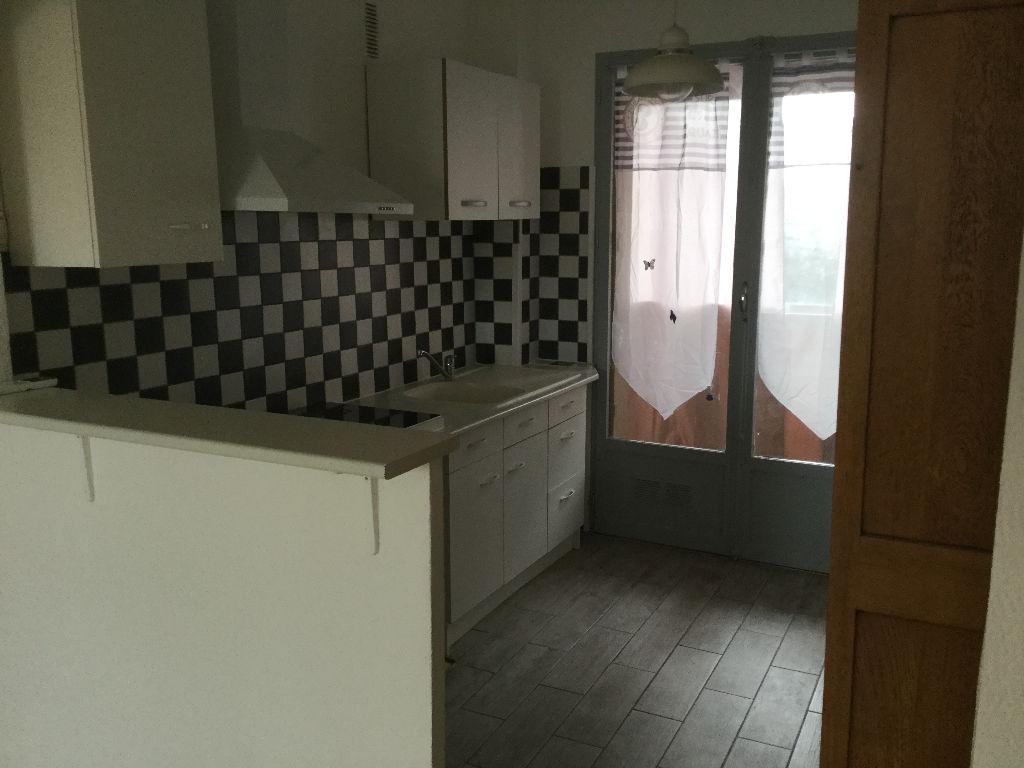Appartement  3 pièces Le Luc en Provence