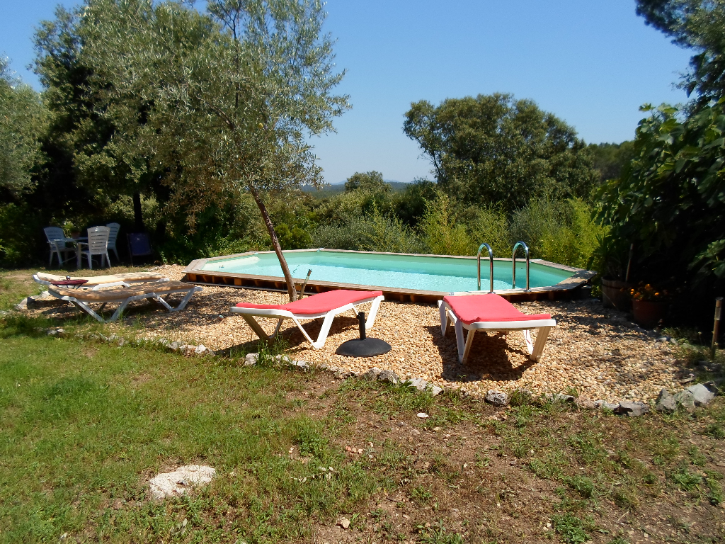 Villa cadre rural + Piscine le THORONET