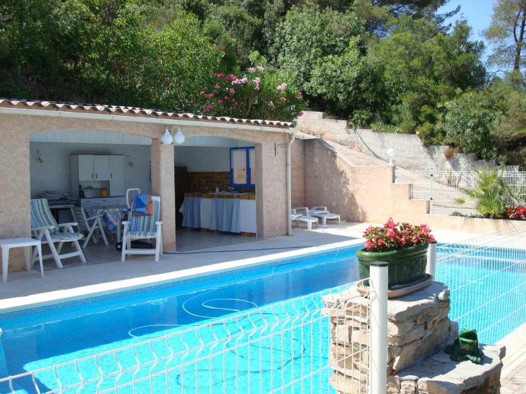Villa Le Luc - 257m² - 2 logements