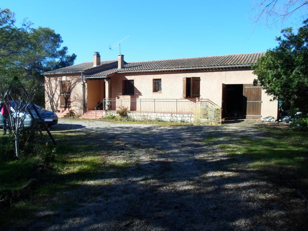 Villa 100m²  Le Cannet Des Maures