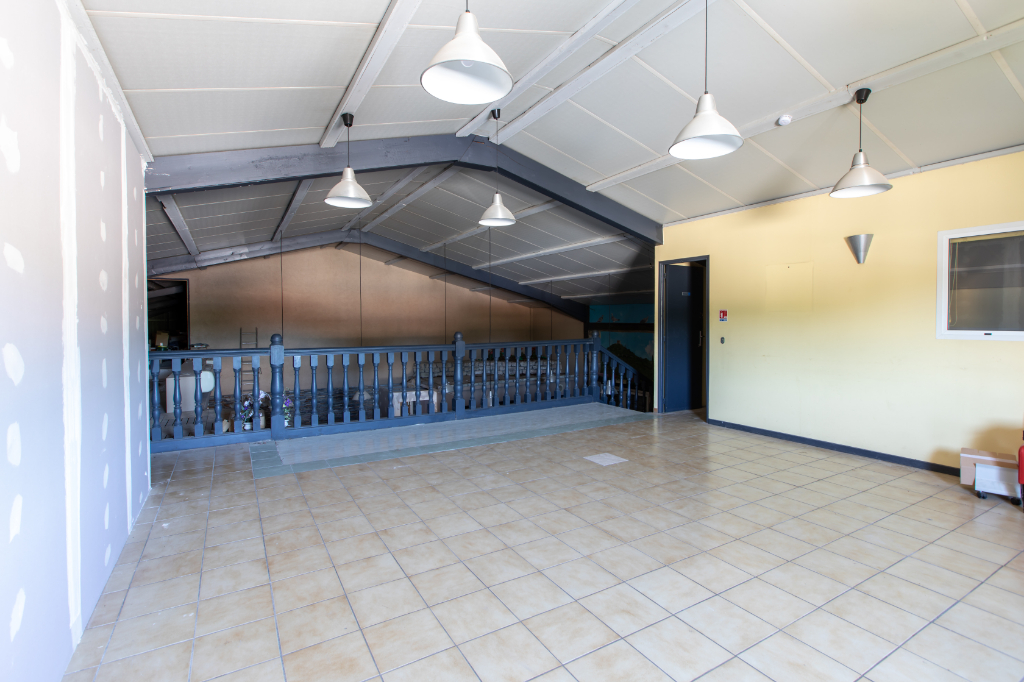 Local commercial Vidauban  490 m2
