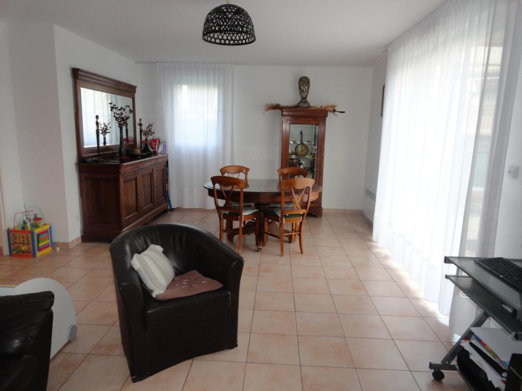 Villa 4 pièces + jardin + garage le Luc