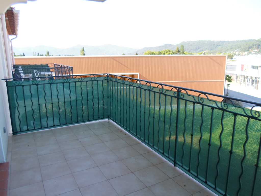 Le Luc T3 - 54 m2 avec garage et balcon