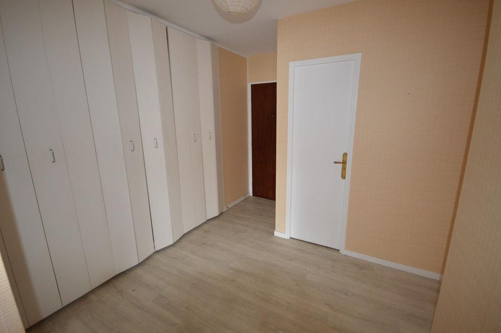 APPARTEMENT MAGNY LES HAMEAUX - 4 pièce(s) - 81 m2