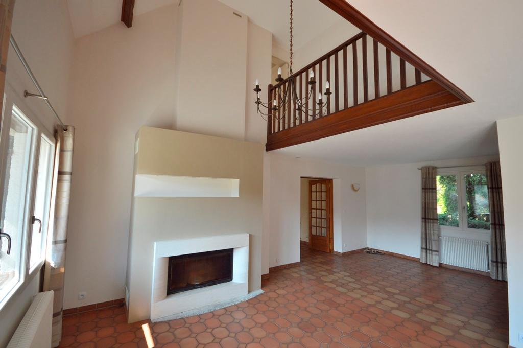 Maison Magny Les Hameaux 6 pièce(s) 173 m2