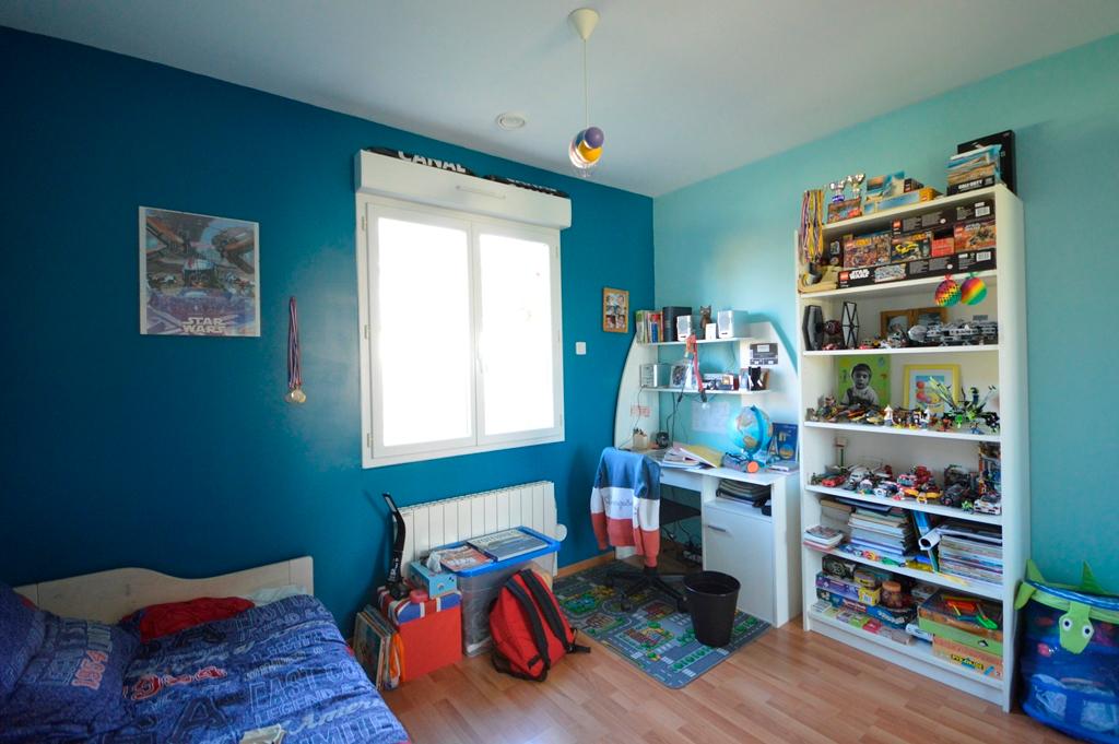 Maison Magny Les Hameaux 7 pièce(s) 184 m2