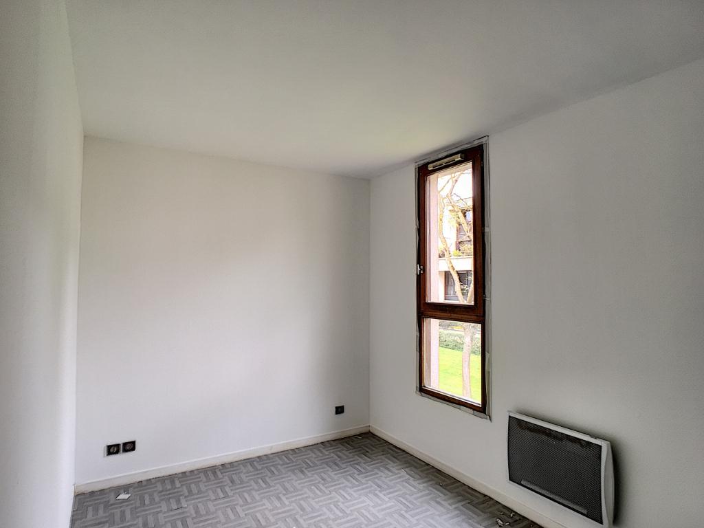 Appartement Voisins Le Bretonneux 2 pièce(s)
