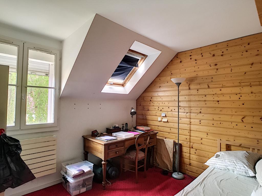 Maison Chateaufort 6 pièce(s)