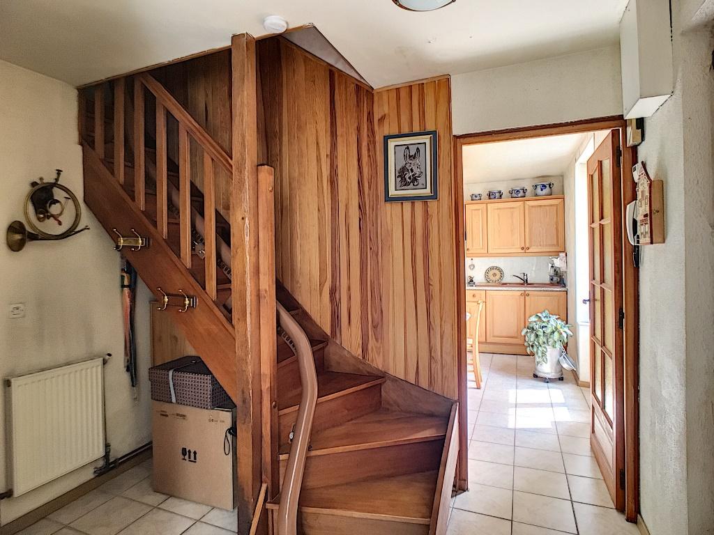 CHATEAUFORT , Maison  3/4 pièce(s) 100 m2