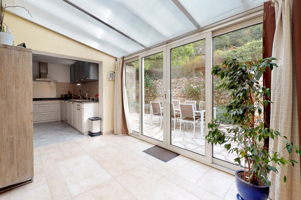 Maison Chateaufort 4 pièce(s) 100 m2