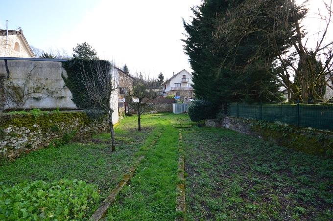 Terrain à bâtir à Chateaufort de 340 m2