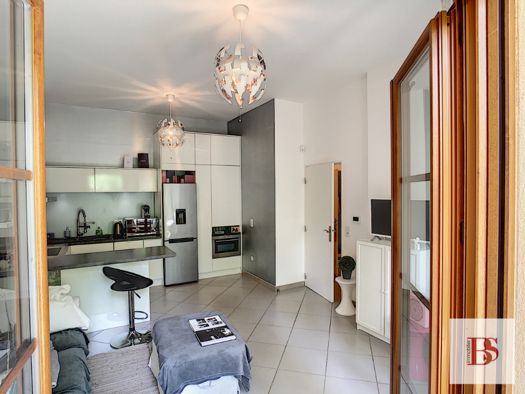 BUC Appartement  2 pièce(s) 45.53 m2