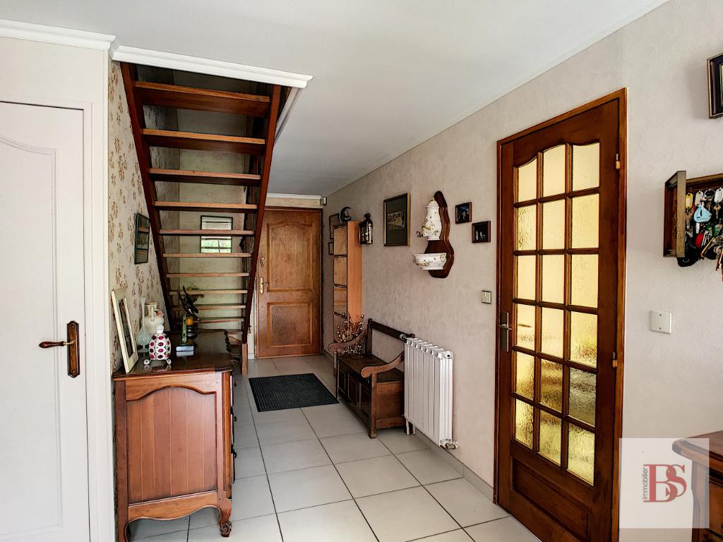 Maison Chateaufort 7 pièce(s) 146 m2