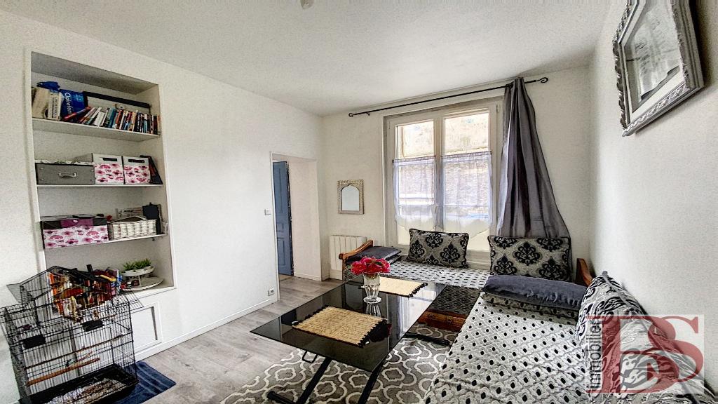 Appartement de 3 pièces proche gare des Chantiers