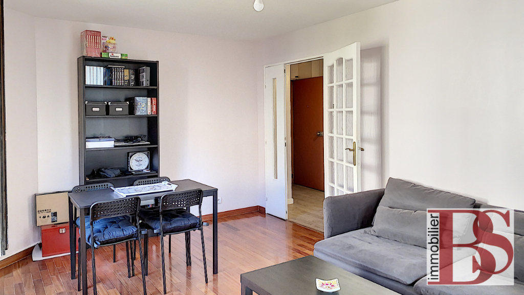 Appartement  3 pièces + Loggia + garage