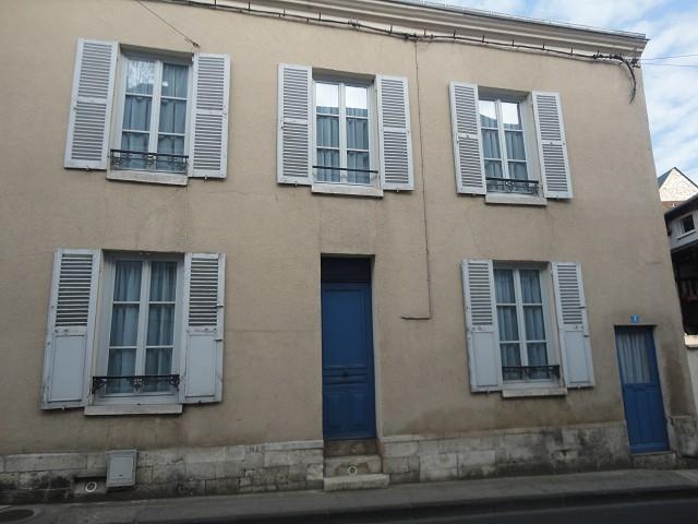 Maison - 4 pi�ce(s) - 85 m2