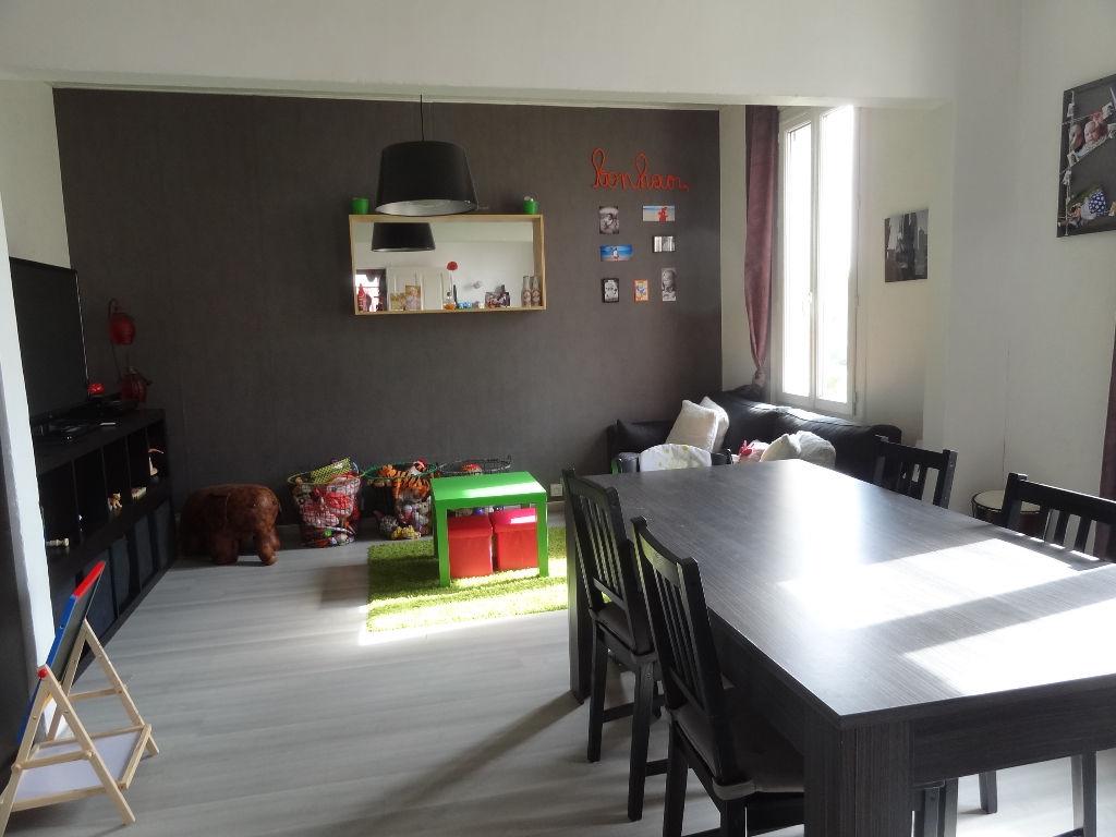 Appartement - 3 pi�ce(s) - 50 m2